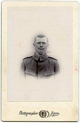 Deutsches Expeditionskorps in China großes Kabinettfoto eines Soldaten im Ostasiatischen Infanterie Regiment