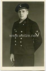 Portraitfoto eines Gefreiten der Kriegsmarine mit Colani