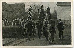 Foto NSDAP und NSKOV Traditionsaufmarsch mit Standarten