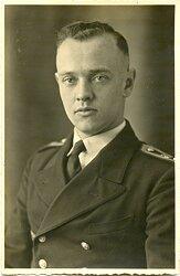 Portraitfoto eines Portepee-Unteroffizier der Kriegsmarine