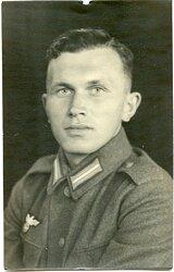 Portraitfoto eines Angehörigen der Marineartillerie