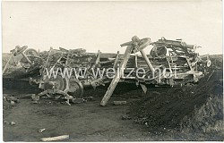 1. Weltkrieg Foto: Zerstörter Güterzug