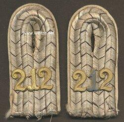 Preußen Paar Schulterstücke für einen Leutnant im Inf.Rgt. 212