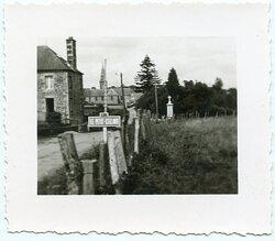 Foto, Stadteingang von Le Petit-Celland