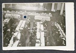 Foto, Weihnachtsfeier auf einer Versammlung der NSDAP