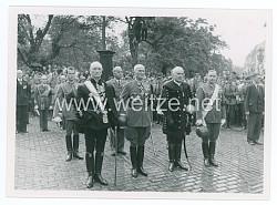 Foto Bulgarische Abordnung am Trauerzug des Bulgarischen König Boris III.