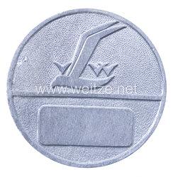 Werksabzeichen für Zivilangestellte eines Rüstungsunternehmen Zulieferer für d. Luftfahrt Vereinigte Leichtmetall-Werke Hannover, seit 1937