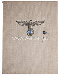 Hitler-Jugend ( HJ ) - Goldene Nadel für den 1. Sieger bei den Deutschen Jugendmeisterschaften 1941 mit Verleihungsmappe