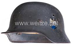 Wehrmacht Stahlhelm M 35 für ausländische Freiwillige mit 2 Emblemen