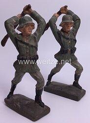 Lineol - Heer 2 Soldaten mit Karabiner schlagend