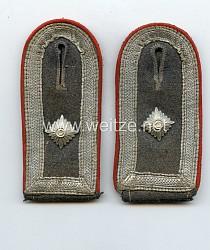 Luftwaffe Paar Schulterstücke für einen Feldwebel / Wachtmeister in der Flakartillerie
