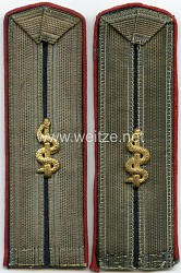 Bayern Paar Schulterstücke für einen Feldunterarzt .