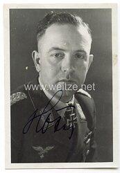 Luftwaffe - Originalunterschrift von Ritterkreuzträger Major Heinrich Höfer