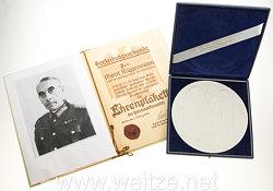 Wehrmacht Abschiedsgeschenk an den Chef der Amtsgruppe für Abnahme im Heereswaffenamt, Alfons Rüggemann - große Ehrenplakette an für Verdienste im Heereswaffenamt