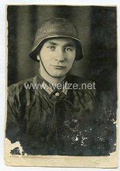 Wehrmacht Foto, Soldat mit SS-Wendetarnhemd