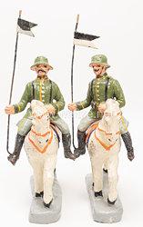 Heer 2 Kavallerie-Soldaten mit schwarz-weisser Lanzenfahne auf Schrittpferd