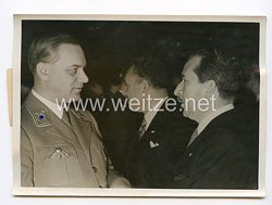 III. Reich Pressefoto. Beim Empfang für die Ausländischen Staatsmänner im Hotel Kaiserhof am 26. 11.41.
