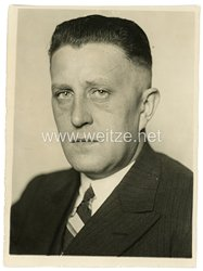 """III.Reich Pressefoto, Staatsrat Spaniol zum Führer der """"Deutschen Front"""" im Reich ernannt 4.3.1934"""