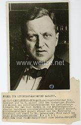III.Reich Pressefoto, Reichsstatthalter Hildebrandt hat am 9. August 1933 den bisherigen Staatsrat Engell zum Ministerpräsidenten von Mecklenburg-Schwerin für den nach Berlin in das Ernährungsministerium berufenen Ministerpräsidenten Granzow ernannt.
