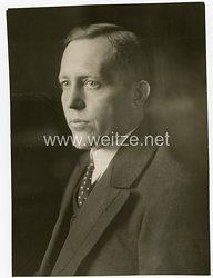 III.Reich Pressefoto, Johann Ludwig Graf Schwerin von Krosigk