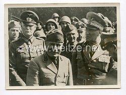 III. Reich Pressefoto. Der Duce mit Generalfeldmarschall Keitel und Marschall Graziani bei der Besichtigung italienischer Truppen 27.4.1941.