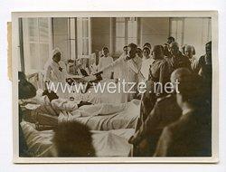 III. Reich Pressefoto. Mussolini besucht italienische Kriegsverletzte. 5.7.1940.