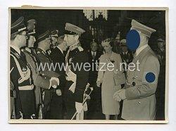 III. Reich Pressefoto. Herzlicher Abschied des jugoslawischen Prinzregentenpaares vom Lehrter Bahnhof. 5.6.1939.
