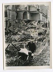 III. Reich Pressefoto. Das war Englands Werk. 23.6.1940.