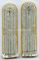 Wehrmacht Heer Paar Schulterstücke für einen Leutnant der Kavallerie bzw. Panzeraufklärung