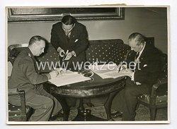 III. Reich Pressefoto. Der Unterzeichnung des deutsche-dänischen Nichtangriffs-Paktes in Berlin. 31.5.1939.