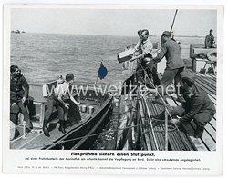"""III. Reich - gedrucktes Pressefoto """" Flakprähme sichern einen Stützpunkt """" 12.10.1943"""