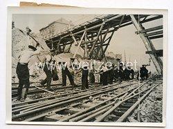 III. Reich Pressefoto. Zerstörung in Frankreich werden Aufgeräumt. 25.6.1940.