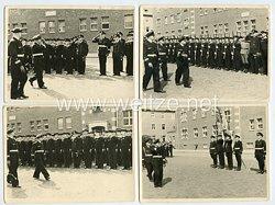 Kriegsmarine Fotogruppe, der Kommandeur schreitet die Front ab