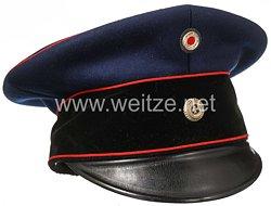 Preußen Schirmmütze für einen Reserve- bzw. Landwehr Offizier in einem Landwehr-Artillerie-Regiment