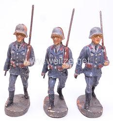 Elastolin - Luftwaffe 3 Flak Männer im Marsch