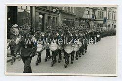 Reichsarbeitsdienst (RAD) Foto, Musikzug zieht durch die Stadt
