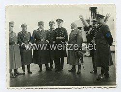 III. Reich Foto, Julius Streicher bei der Indienststellung des Kreuzer Nürnberg