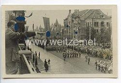 "III. Reich - Propaganda-Postkarte - "" Adolf Hitler - Parade vor dem Führer """