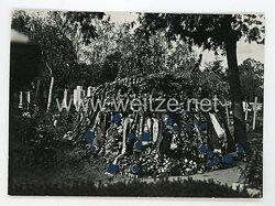 III. Reich Foto, Grab von NSDAP Landtagsabgeordneten Otto Roth 1932