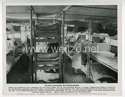 """III. Reich - gedrucktes Pressefoto """" Auf dem Lazarettschiff der Reichshauptstadt """" 22.9.1944"""