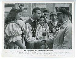 """III. Reich - gedrucktes Pressefoto """" Die Solidarität des schaffenden Europas """" 28.9.1943"""