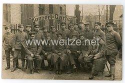 Deutsches Heer Gruppenfoto, Soldaten vor dem Konzert-Garten