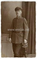 Deutsches Heer Foto, Unteroffizier mit Feldspange und Verwundetenabzeichen