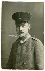 Deutsches Heer Portraitfoto, Unteroffizier mit Verwundetenabzeichen