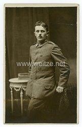 Deutsches Heer Foto, Feldwebel im Feldartillerie-Regiment mit Feldspange und Verwundetenabzeichen