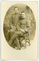 Deutsches Heer Portraitfoto, 2 Soldaten mit Verwundetenabzeichen