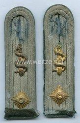 Kriegsmarine Paar Schulterstücke Oberarzt der Landeinheiten