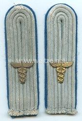 Wehrmacht Heer Schulterstücke für einen Leutnant Verwaltung/Truppensonderdienst