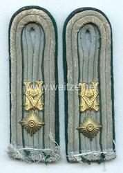 Wehrmacht Heer Paar Schulterstücke für einen technischen Beamten im Range eines Oberleutnants