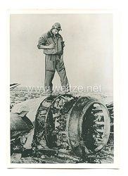 Luftwaffe Pressefoto:  Ein von den Italienern in Libyen abgeschossenes englisches Flugzeug 25.6.1940